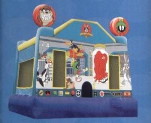 Looney Tunes - 15' X 15' moonbounce